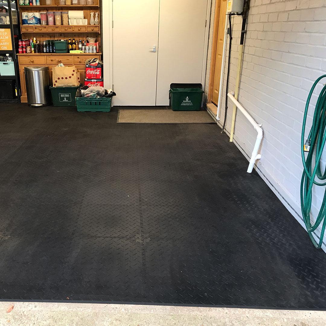 MotoLock Flooring