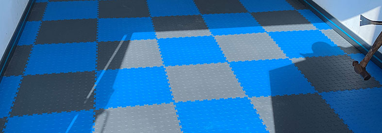 Electric Blue and Dark Grey Diamond Plate Temporary Floor Tiles