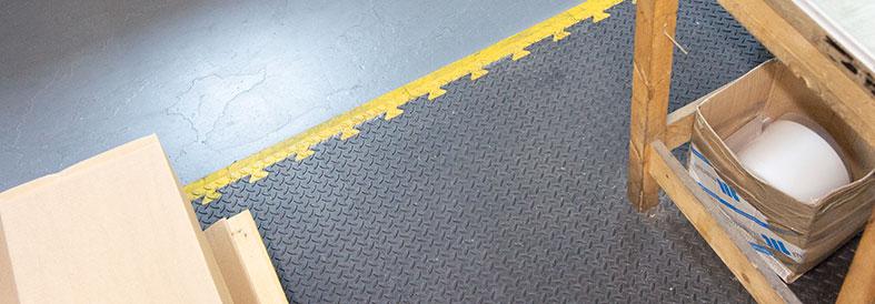 MotoMat Diamond Plate Factory Floor