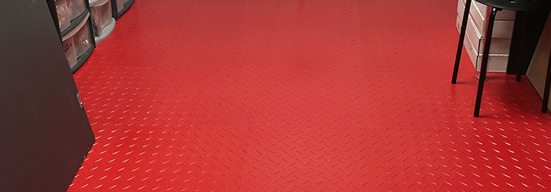 New PVC Red Diamond Plate Garage Tiles