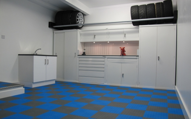 This Workshop Floor Uses Graphite Grey And Electric Blue Cointop Tiles